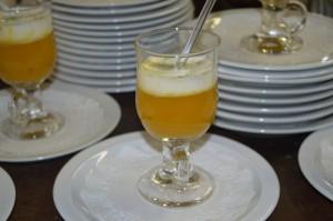 Velouté de potiron aux châtaignes, espuma de truffes